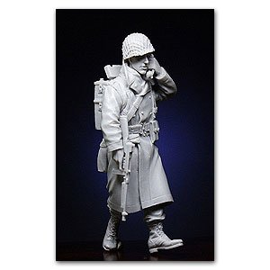 US Infantryman with Walkie-Talkie  (Vista 1)
