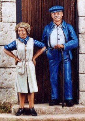 Man & Wife Civilians 1944  (Vista 1)