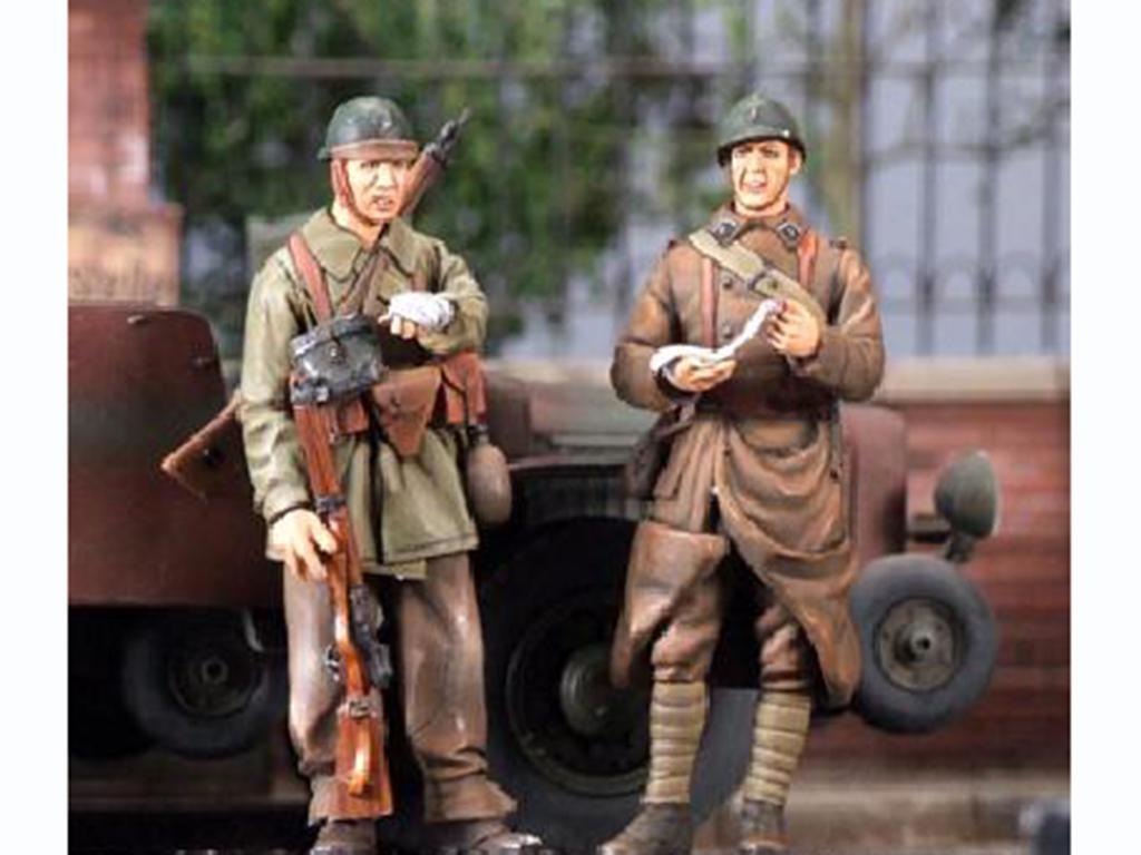 Motorista Frances y Soldado mayo 1940 (Vista 1)