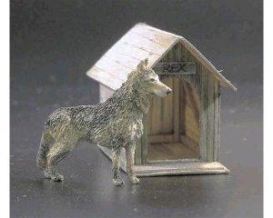 El perro y su caseta  (Vista 1)