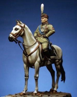 Benito Mussolini  (Vista 2)