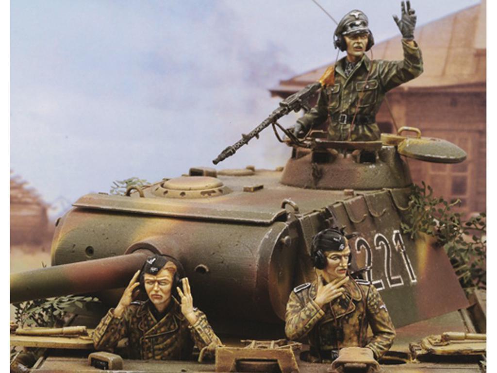 Panther A Crew-WWII  (Vista 1)