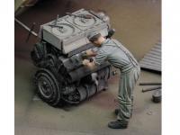Mecanico Aleman Trabajando (Vista 5)