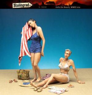 Girls on beach  (Vista 1)