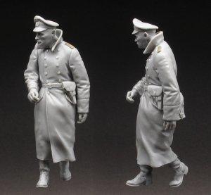 German Officer   (Vista 3)