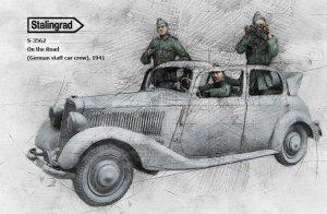 German staff car crew, 1941  (Vista 1)