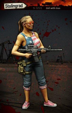 Mujer con arma  (Vista 1)