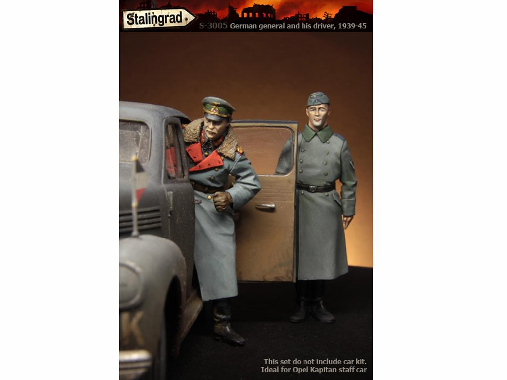 German General and driver (Vista 1)