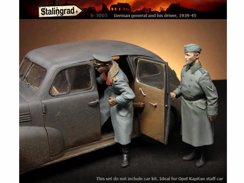 German General and driver (Vista 4)