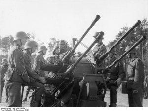 Antiaereo aleman Flackvierling 38 20 mm  (Vista 4)