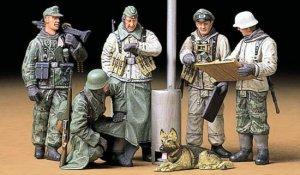 Soldados Alemanes en campaña  (Vista 2)