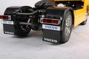 RC Volvo FH12 Globetrotter 420  (Vista 4)