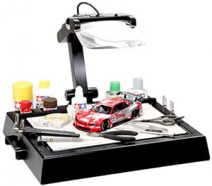 Mesa de trabajo para modelismo con Lupa - Ref.: TAMI-74064