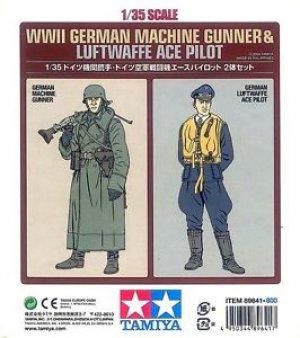 Soldado y Piloto Aleman  (Vista 1)