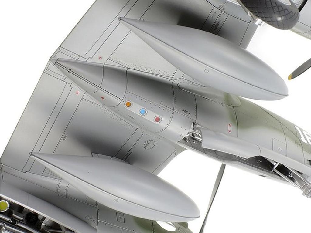 Lockheed P-38H Lightning  (Vista 8)
