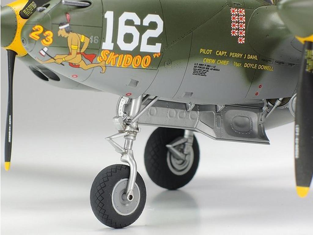 Lockheed P-38H Lightning  (Vista 9)