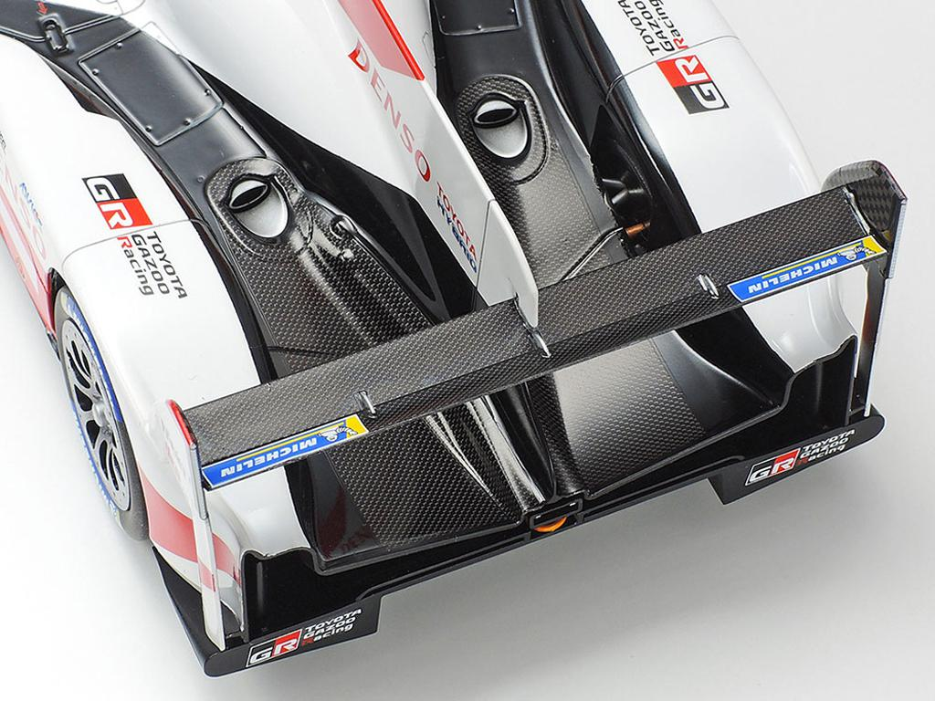 Toyota Gazoo Racing TS050 Hybrid 2019 (Vista 9)
