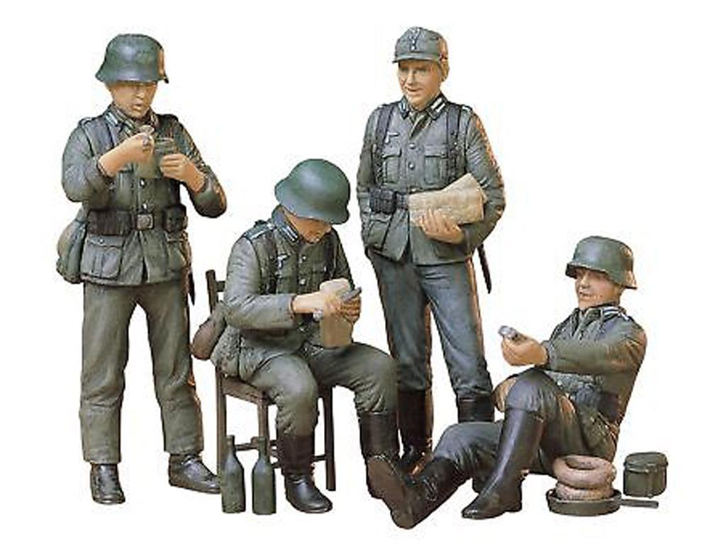 Soldados de la Wermatch descansando (Vista 3)