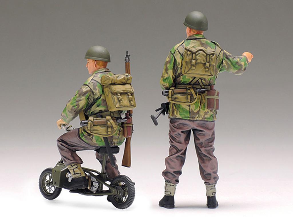 British Army Airborne soldiers small mot (Vista 3)