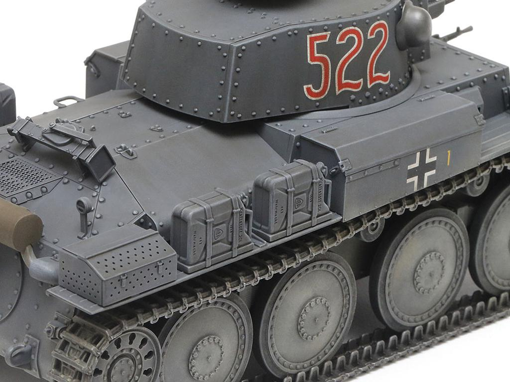 German Light Tank Panzerkampfwagen 38(t) Ausf.E/F (Vista 8)