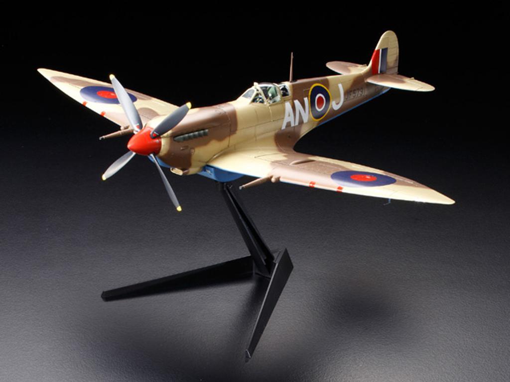 Supermarine Spitfire Mk.VIII  (Vista 2)