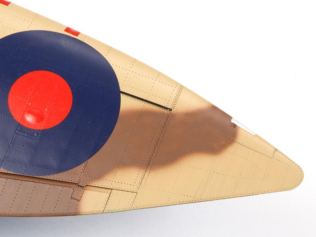 Supermarine Spitfire Mk.VIII  (Vista 5)