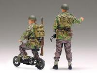 British Army Airborne soldiers small mot (Vista 8)