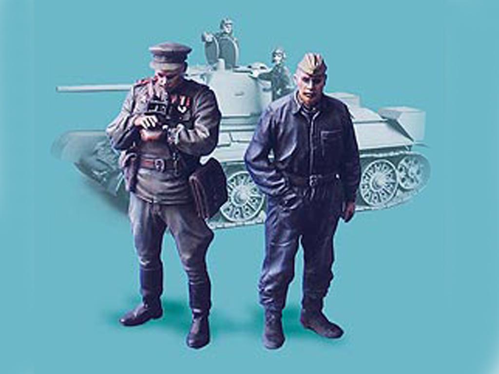 Oficiales soviétcos, tanquista y soldado (Vista 1)