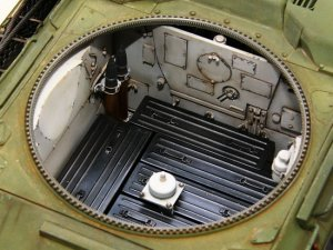 T-34/85 Model 1944 Factory No. 183  (Vista 6)