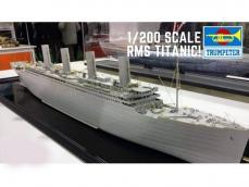 R.M.S. Titanic - Ref.: TRUM-03713