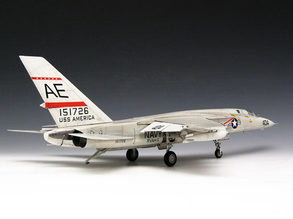 RA-5C Vigilante (Vista 5)