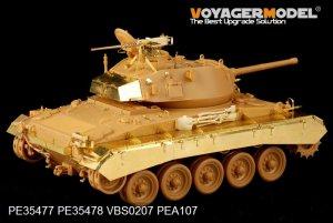 US M24 Chaffee  - Ref.: VOYA-PE35478