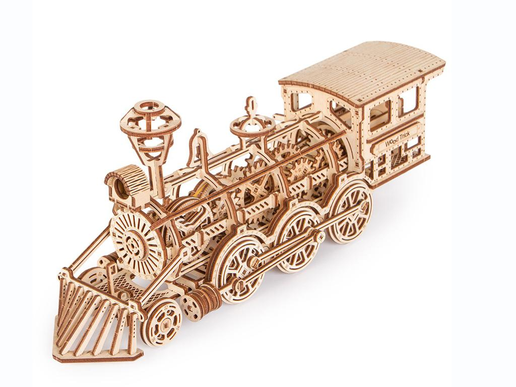 Locomotora R17 (Vista 5)