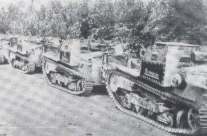 Mussolini's Tanks  (Vista 2)