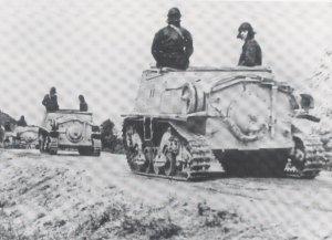 Mussolini's Tanks  (Vista 4)
