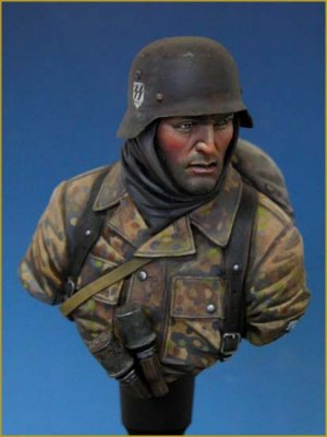 German Waffen SS Ardennes 1944  (Vista 2)