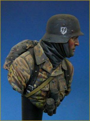 German Waffen SS Ardennes 1944  (Vista 4)