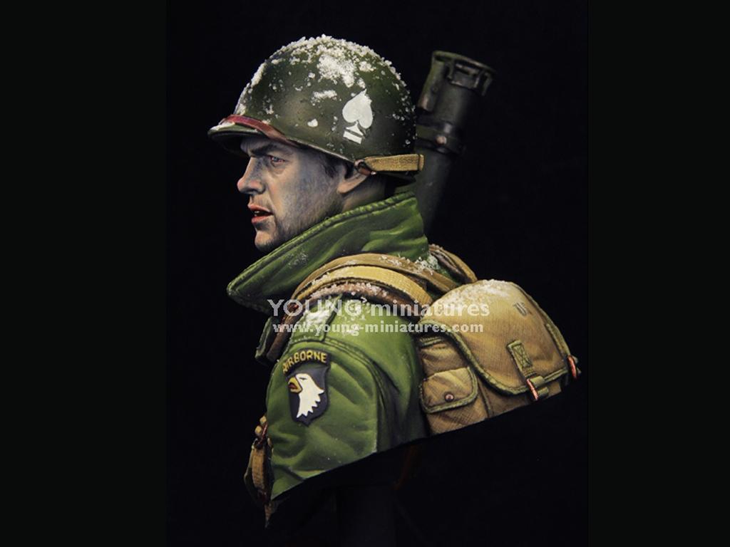 EASY COMPANY Bastogne 1944  (Vista 3)