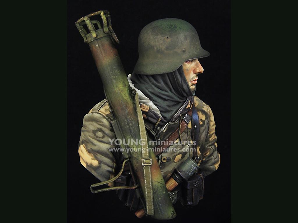 German Waffen SS with Panzerschreck  (Vista 7)