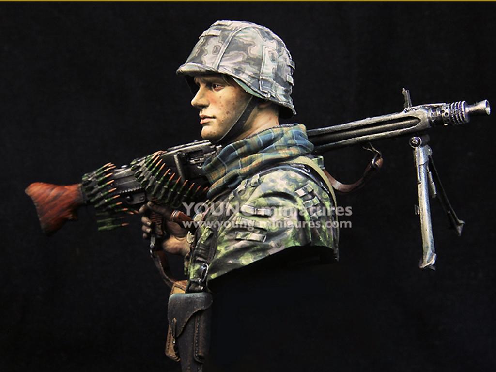 Waffen SS Young Machine Gunner 1944  (Vista 3)