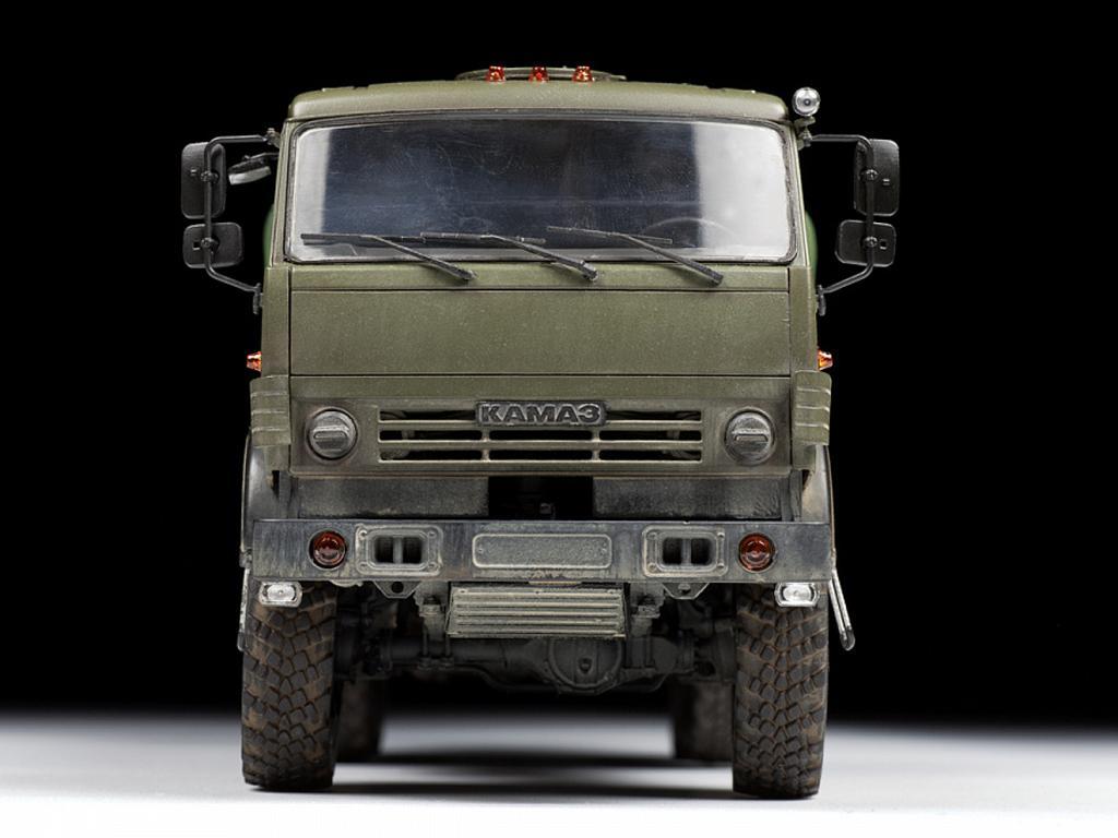 Kamaz 5350  (Vista 5)